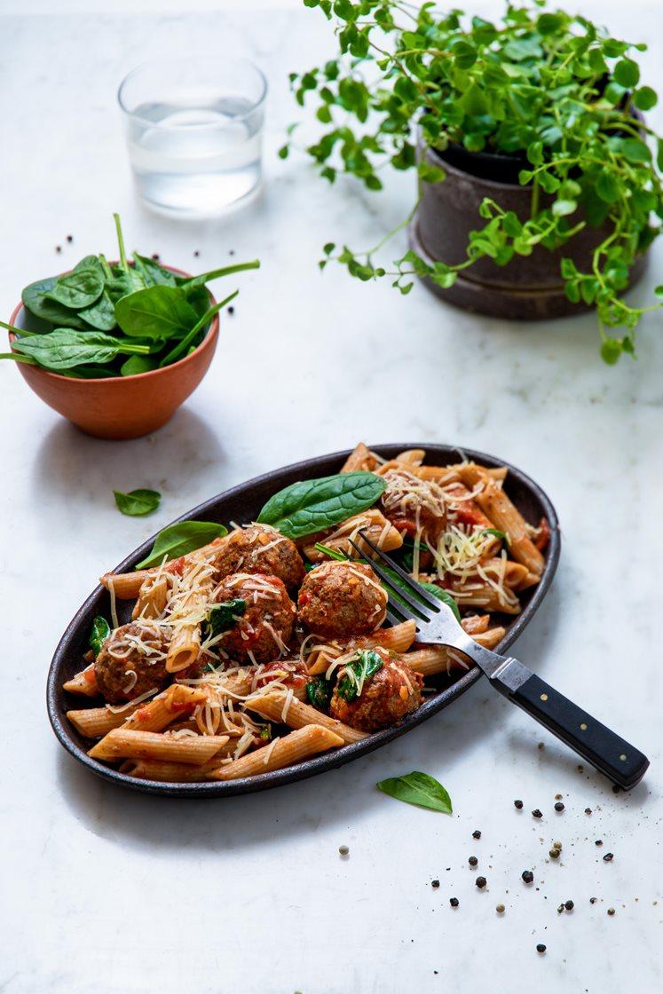 Italienske kjøttboller med sitron, penne, spinat og Västerbottensost